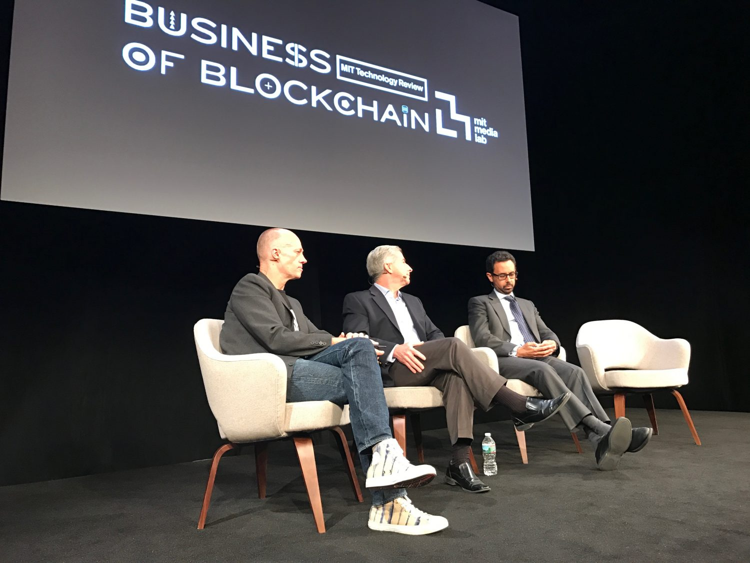 US Dollars on the Blockchain? Fed VP Says Not Yet at MIT Event