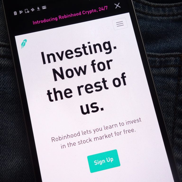 Robinhood Crypto App Adds Bitcoin Cash and Litecoin Trading