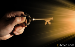 The Blockchain Split Scenario: Staying Informed and Backing Up Bitcoin Keys