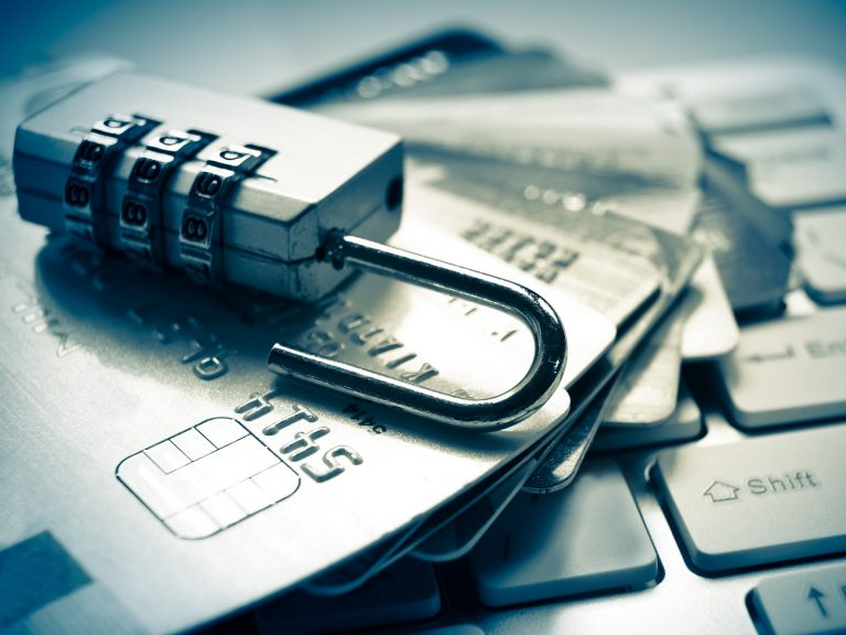 Why Bitcoin Is Better Than Banks: Major Credit Card Breach Exposes 60M Accounts